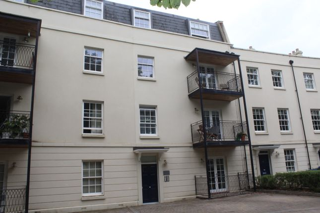 Thumbnail Flat to rent in Mount Wise Crescent, Plymouth