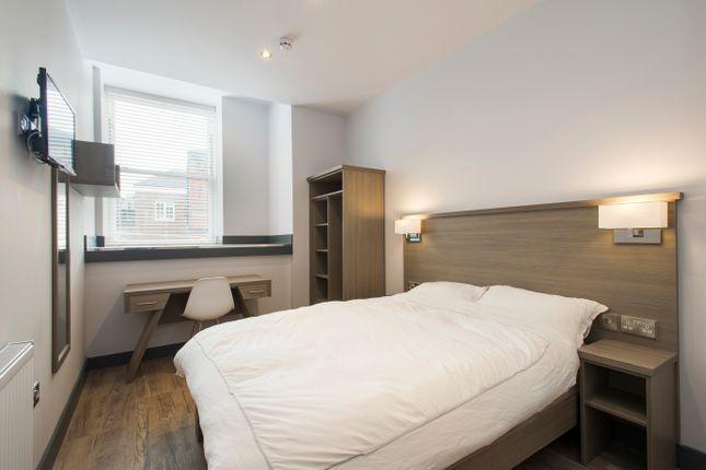 Thumbnail Flat to rent in Waverley Street, Nottingham