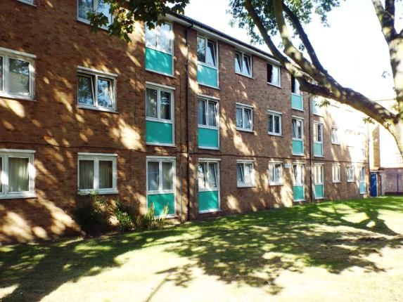 Thumbnail Maisonette for sale in Warrior Square, London