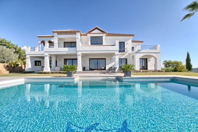 Thumbnail Villa for sale in Los Flamingos Golf, Benahavis, Malaga, Spain