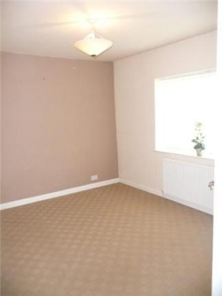 Bedroom of Fieldhouse Avenue, Thornton FY5