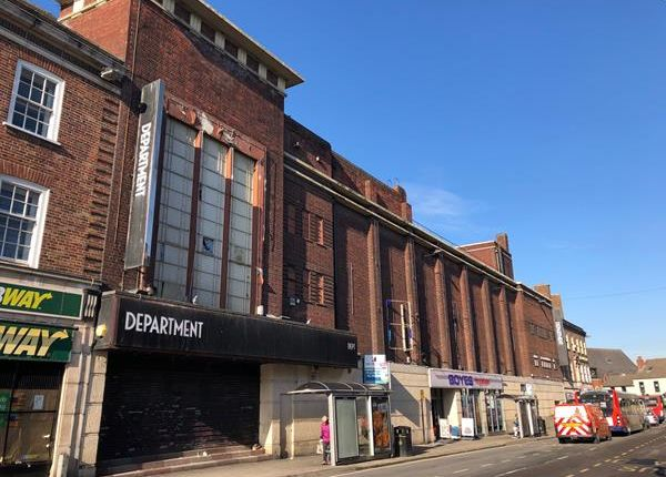 Thumbnail Leisure/hospitality to let in Cavendish Street, Chesterfield