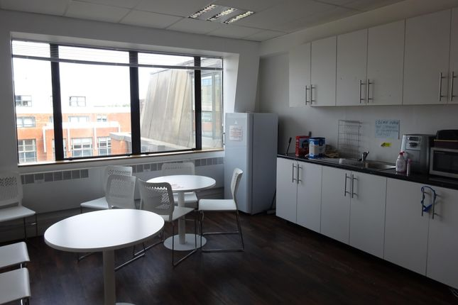 Romford_Office_Kitchen_To_Let