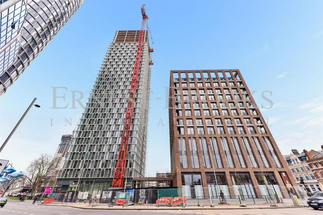 Thumbnail Flat for sale in Stratosphere Tower, Stratford
