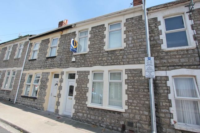 3 bed property to rent in Queen Street, Barry, Vale Of Glamorgan CF62