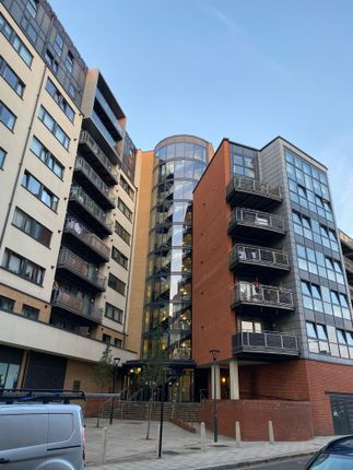 2 bed flat for sale in Perth Road, Gants Hill, Ilford IG2