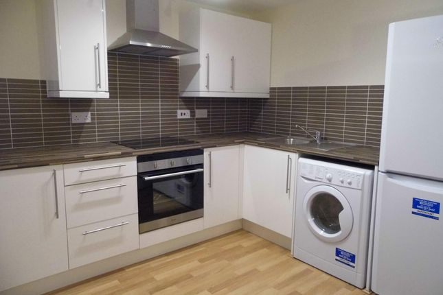 Thumbnail Flat to rent in Castle Park Apartments, Churchill Way, Cardiff