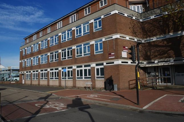 Thumbnail Flat to rent in Mount Street, Bridgwater