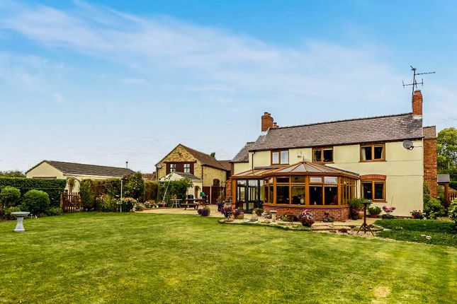 4 bed detached house for sale in Broadholme Road, Saxilby, Lincoln