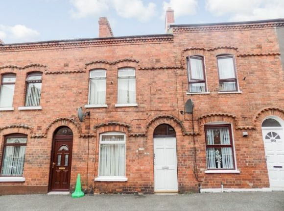 Thumbnail Terraced house to rent in Hawthorn Street, Belfast