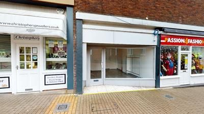 Thumbnail Retail premises to let in Unit 18 Market Place, Middle Entry Shopping Centre, Tamworth