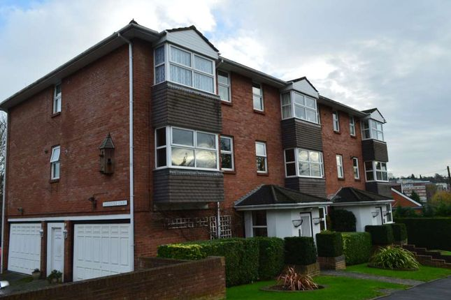 Thumbnail Flat to rent in Warners End Road, Hemel Hempstead
