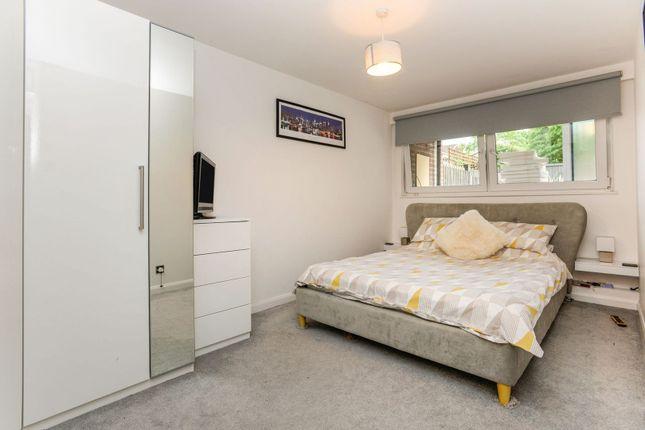 Bedroom of Invicta Close, Chislehurst BR7