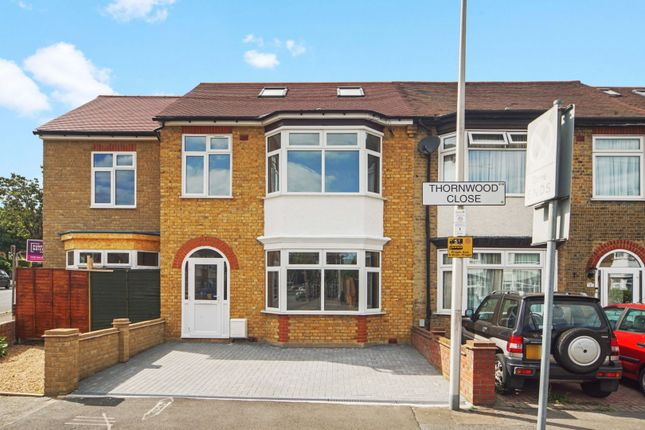 Thornwood Close, London E18