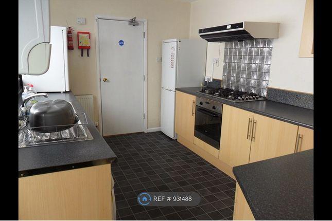 Thumbnail Terraced house to rent in Bryn-Y-Mor Road, Swansea