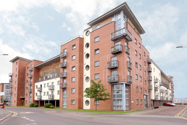 Thumbnail Flat for sale in South Victoria Dock, Dundee