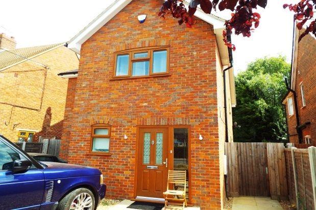 Thumbnail Detached house to rent in High Street, Cheddington, Leighton Buzzard