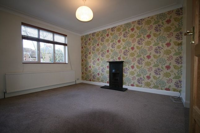 Thumbnail Flat to rent in The Croft, Barnet