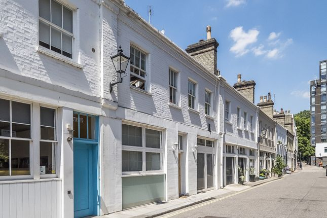 Thumbnail Mews house to rent in Jay Mews, South Kensington