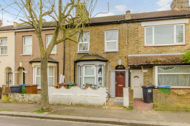 Thumbnail Flat to rent in Downsell Road, Stratford