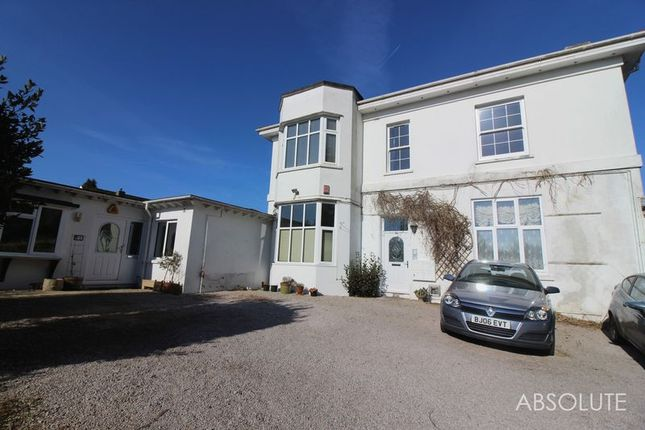 Thumbnail Flat to rent in Meadfoot Sea Road, Torquay
