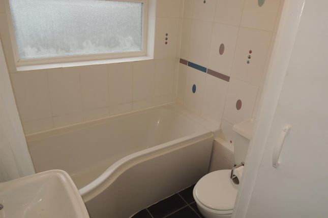 Bathroom: of Shrubland Road, Colchester CO2