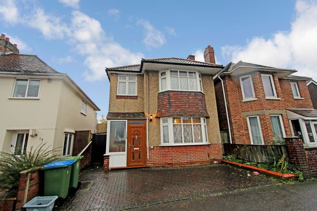Thumbnail Detached house for sale in Treeside Road, Southampton