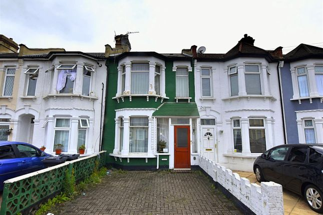 3 bed property for sale in Thorold Road, Ilford IG1