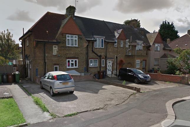 Thumbnail Terraced house to rent in Crossway, Dagenham