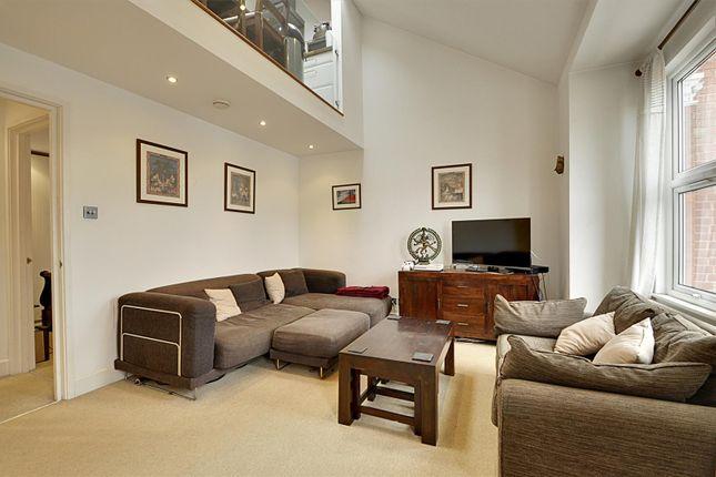 Thumbnail Flat to rent in Bollo Lane, London