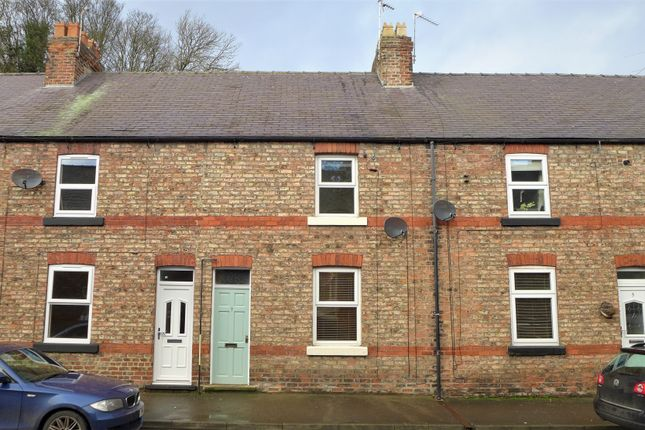 Thumbnail Terraced house to rent in Victoria Avenue, Ripon