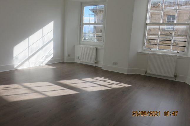 Studio to rent in High Street, Kirkcaldy KY1