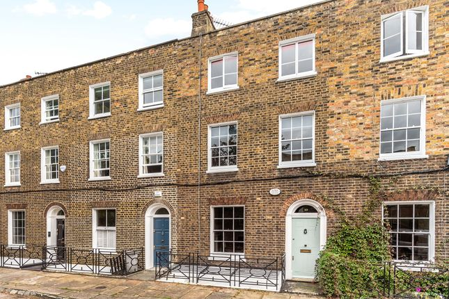 Thumbnail Town house for sale in Nelson Terrace, London