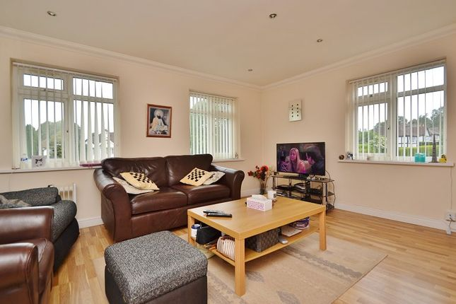 Thumbnail Flat to rent in Stainburn House, 306 Harrogate Road, Moortown