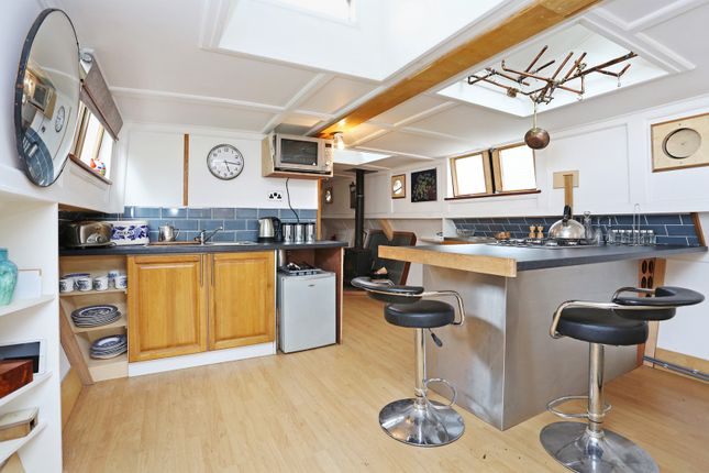 Kitchen of Packet Boat Marina, Uxbridge UB8
