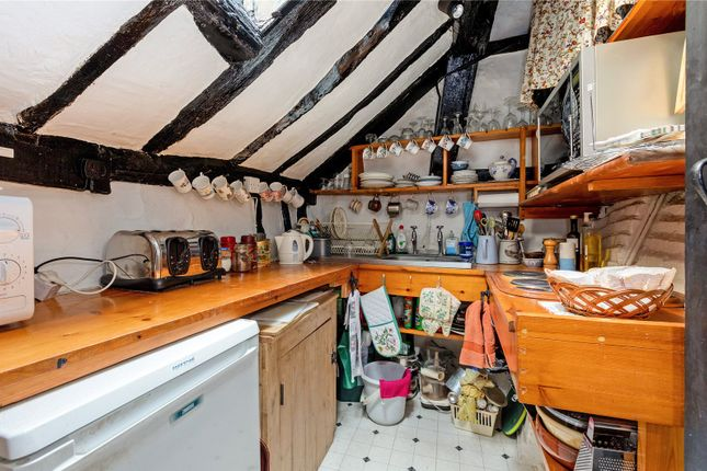 Kitchen of New Street, Henley-On-Thames, Oxfordshire RG9