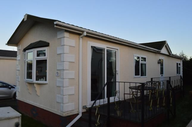 Mobile/park home for sale in Lower Lodge Residential Mobile Home, Rugeley Road, Armitage, Rugeley