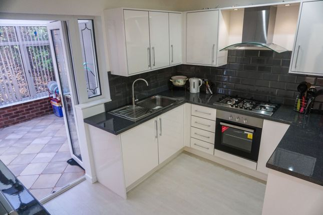 Kitchen of Southam Close, Birmingham B28