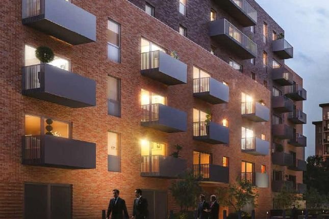 Thumbnail Flat for sale in Iron House, Albion Close, Slough
