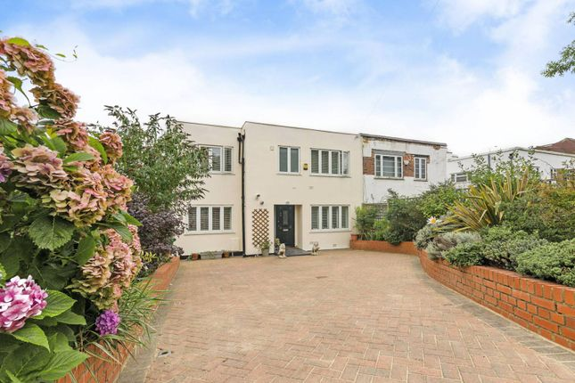 Thumbnail Property for sale in Wise Lane, Mill Hill