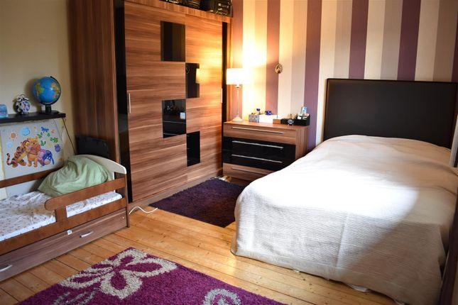 Bedroom 1 of Glebeland Road, Northampton NN5