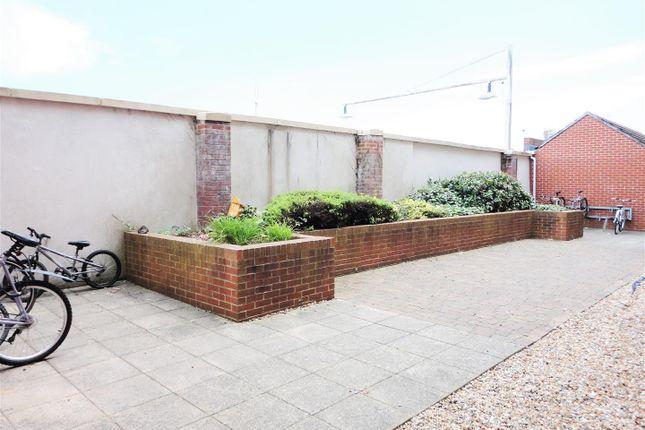 Communal Gardens of Regis Gate, Longford Road, Bognor Regis PO21