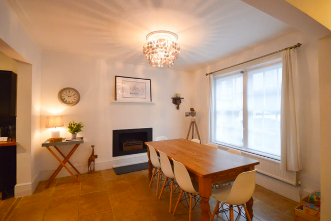 Thumbnail Town house to rent in Princess Victoria Street, Bristol