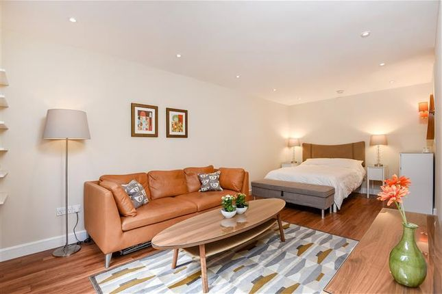 Thumbnail Studio to rent in Rothesay Court, Harleyford Street, London
