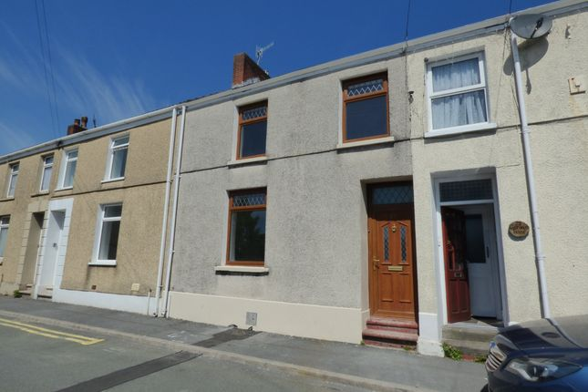 Thumbnail Property to rent in Prospect Place, Llanelli, Carmarthenshire
