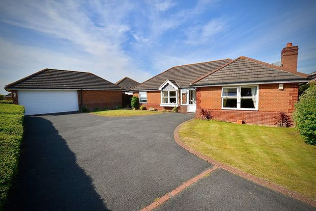 Thumbnail Detached bungalow for sale in Tyne Drive, Evesham