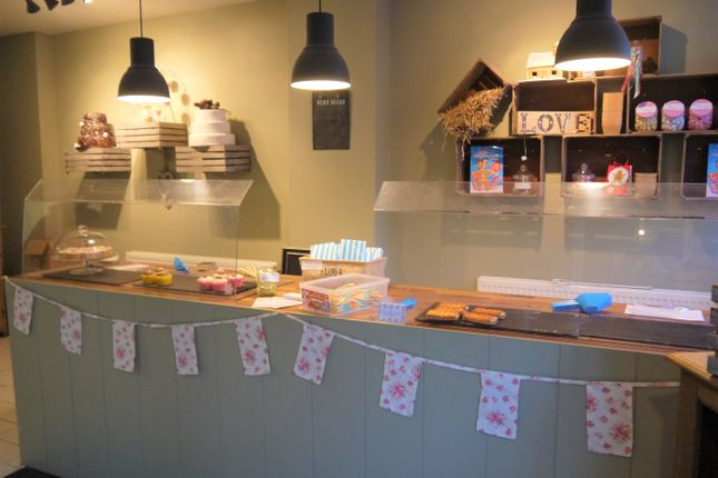 Restaurant/cafe for sale in Bakers & Confectioners HU7, Sutton-On-Hull, East Yorkshire