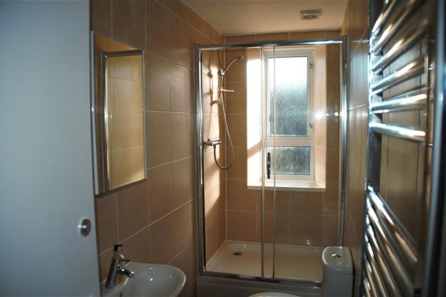 Orchard Street Shower Room