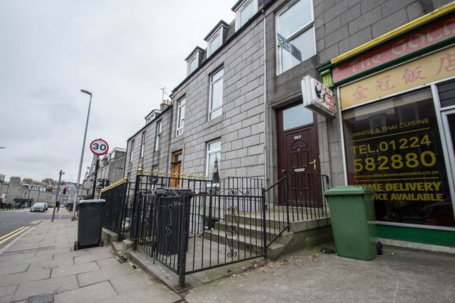 Thumbnail Flat to rent in Crown Street, Aberdeen
