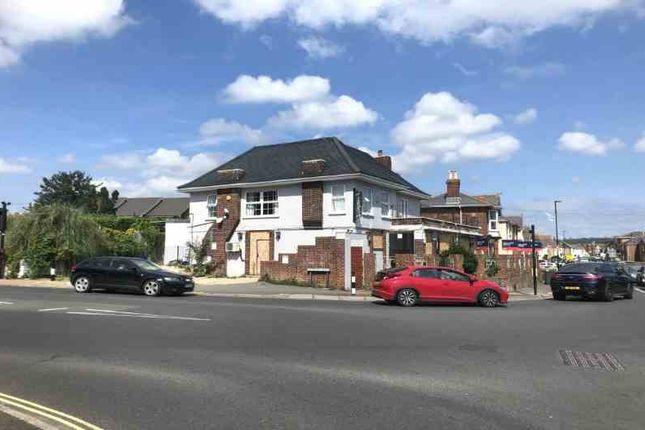 Thumbnail Pub/bar for sale in Sandown Road, Sandown